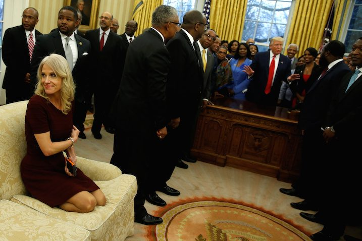 kellyanne-conway-couch-oval-office
